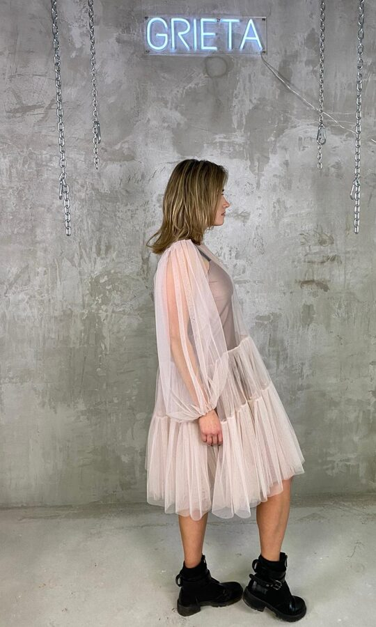Powder Pink Oversize Tulle Dress w. Puff Sleeves